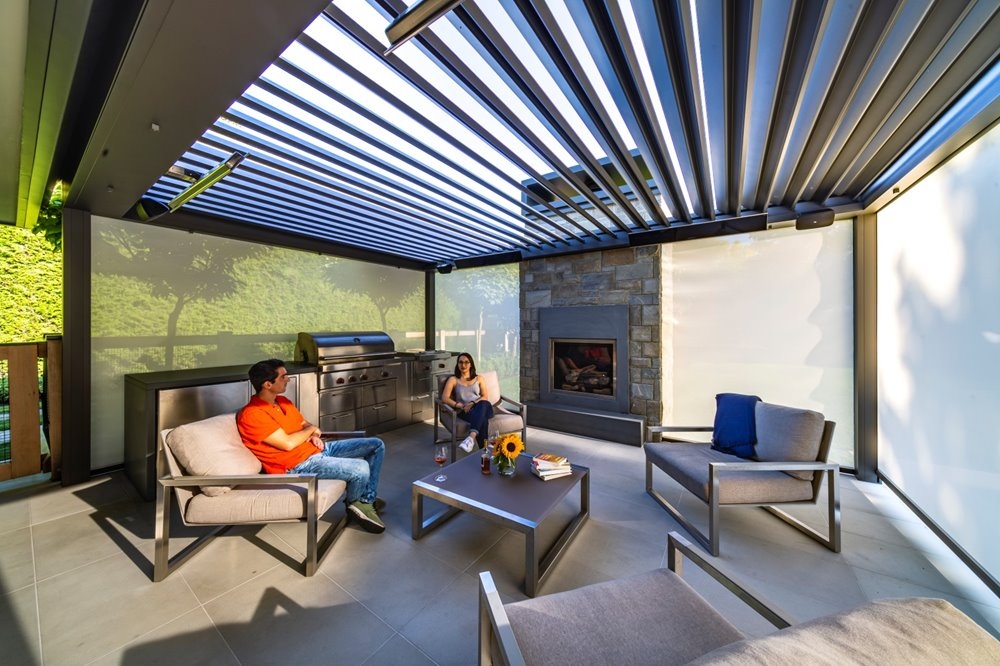 The difference between a pergola and a veranda.